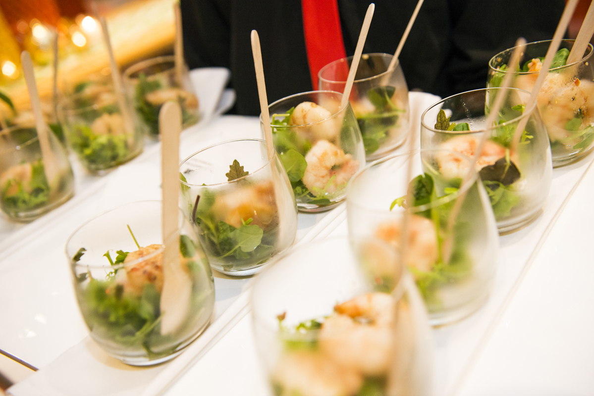 Catering events and functions laissez faire for Canape oriental
