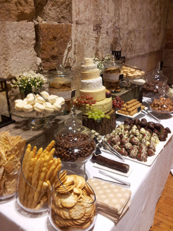 Wedding Buffets Ideas.Wonderful Ideas To Make Your Wedding Reception Special