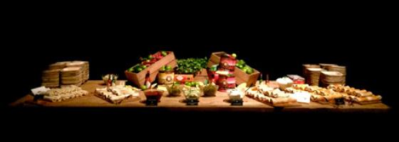 Food Stations Laissez Faire